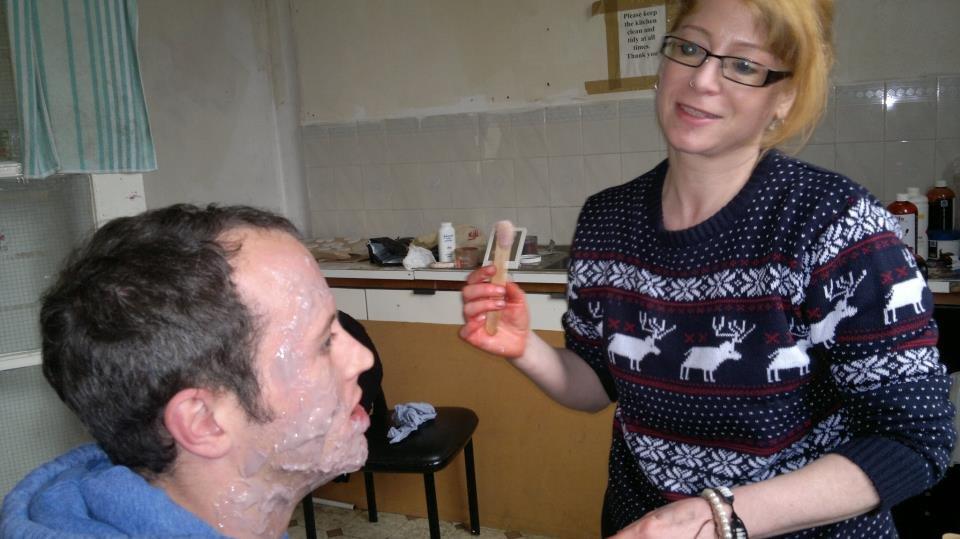 Makeup_being_applied3